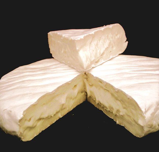 627px-Camembert